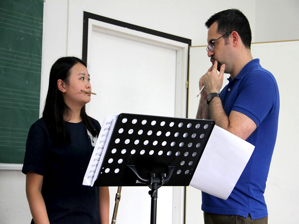 Ory Schneor flutist while teaching